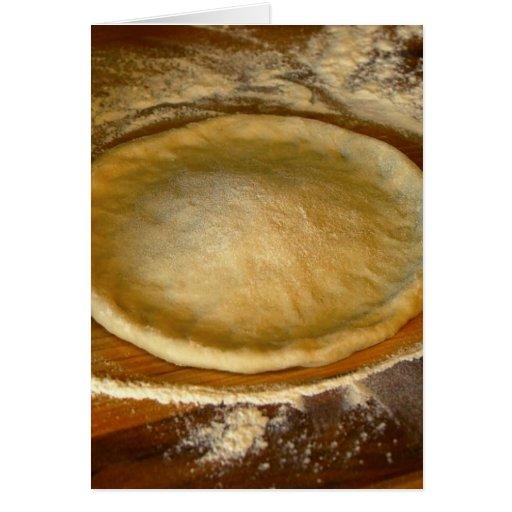 Fabricación de la pasta de la pizza en mi cocina felicitacion