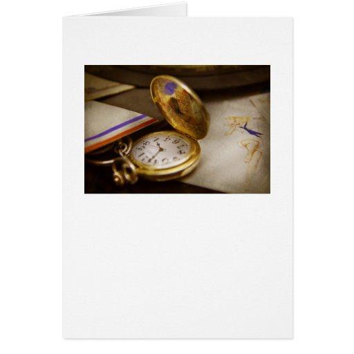 Fabricante del reloj - el tiempo nunca espera tarjeta de felicitación