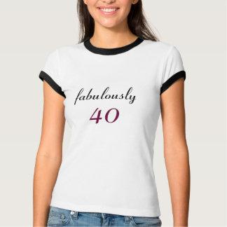 Fabulosamente 40 negros y camiseta blanca del polera