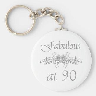 Fabuloso en 90 años llaveros personalizados