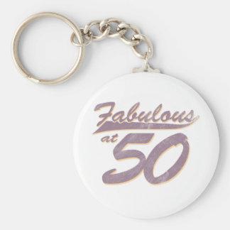 Fabuloso en el cumpleaños 50 llavero redondo tipo pin