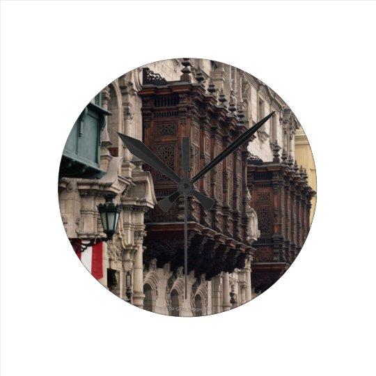 Facades Round Clock