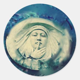 Face Statue Classic Round Sticker