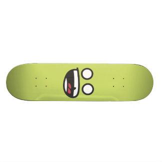 Faces Skateboard, screaming