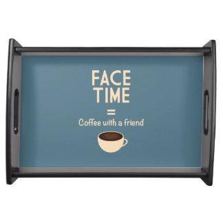 FaceTime = café con un amigo Bandejas
