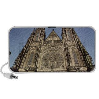 Fachada de la catedral de St. Vitus Altavoz De Viajar
