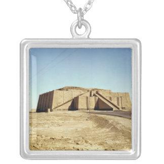 Fachada del noreste del ziggurat, c.2100 A.C. Colgante Cuadrado