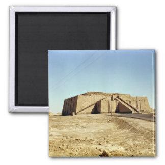 Fachada del noreste del ziggurat, c.2100 A.C. Imán Cuadrado