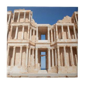 Fachada y etapa del anfiteatro romano azulejo cerámica