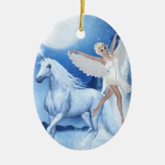 Faerie Asparas del cielo y unicornio Adorno Navideño Ovalado De Cerámica