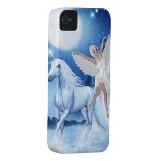 Faerie Asparas del cielo y unicornio iPhone 4 Case-Mate Fundas