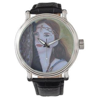 Faerie del reloj del diamante artificial de la