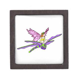 Faerie que monta una libélula caja de regalo de calidad