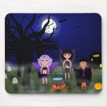 Faeries de Halloween y muchacho de Drácula Tapetes De Ratones