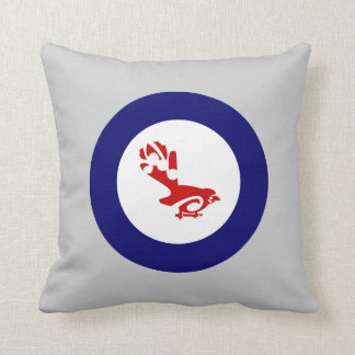 Faintail New Zealand Aotearoa Bird Throw Pillow