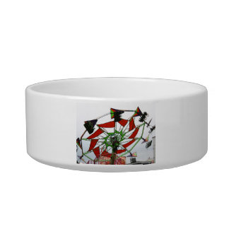Fair Ride Flying Glider Green and Red Image Cat Bowls