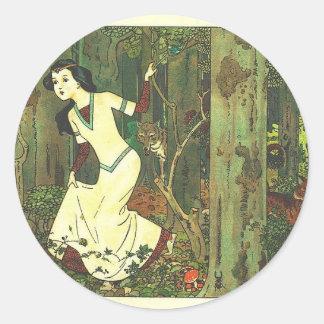 Fairytalesque - Snowwhite Classic Round Sticker