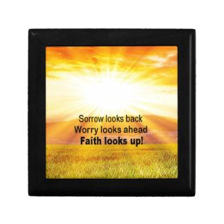 Faith looks up! keepsake box