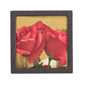Fake plastic roses jewelry box