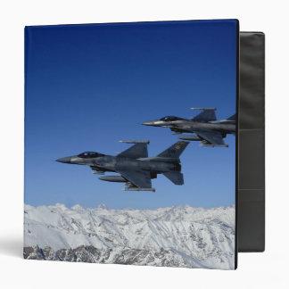 """Falcons que luchan del F-16 de la fuerza aérea de Carpeta 1 1/2"""""""