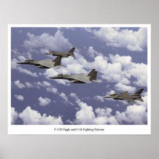 Falcons que luchan F-15D Eagle y F-16 Posters