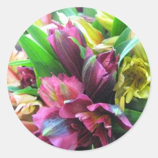 FALL  FLOWERS CLASSIC ROUND STICKER