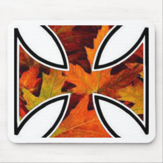 Fall leaves in iron cross celebrates Thanksgiving Mouse Pad