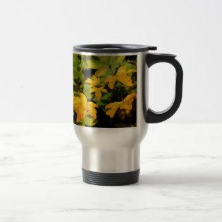 Fall maple leaves travel mug