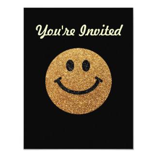 """Falsa cara del smiley del brillo del oro invitación 4.25"""" x 5.5"""""""