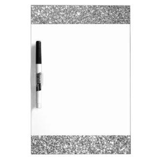 Falsa foto de plata del brillo tablero blanco