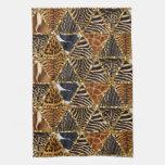 Falsa impresión animal de la piel del triángulo de toallas de mano