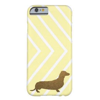 Falsa raya del amarillo del icono del perro del funda para iPhone 6 barely there