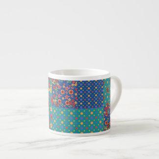 Falsa taza nostálgica del café express del taza espresso
