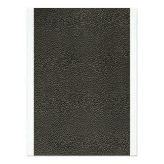 """Falsa textura de cuero negra invitación 6.5"""" x 8.75"""""""