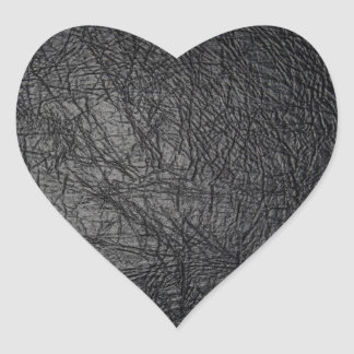Falsa textura de cuero negra pegatina en forma de corazón
