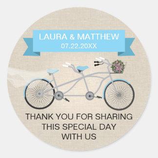 Falso boda en tándem azul de lino de la bicicleta etiquetas redondas