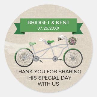 Falso boda en tándem verde de lino de la bicicleta pegatina redonda