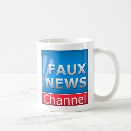 Falso canal de noticias tazas de café