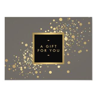 """Falso confeti del oro en vale gris moderno invitación 4.5"""" x 6.25"""""""