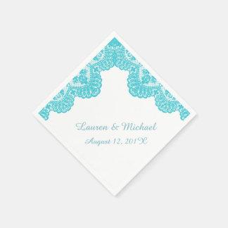 Falso cordón de la turquesa en el boda blanco servilleta de papel