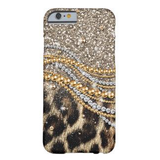 Falso estampado de animales del leopardo de moda funda de iPhone 6 barely there