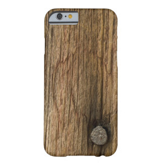 Falso iPhone de madera resistido 6 del granero Funda De iPhone 6 Barely There