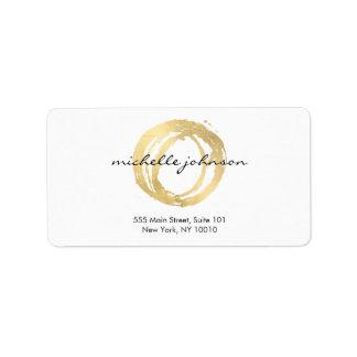 Falso logotipo pintado oro de lujo del diseñador etiquetas de dirección