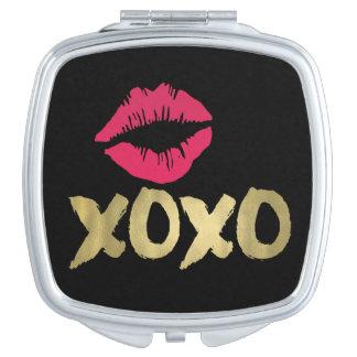 Falso oro de XOXO y negro rosado de los labios el Espejo Maquillaje