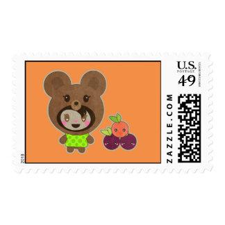 Falso oso sin una cesta de la comida campestre
