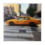 Falta de definición amarilla del taxi de NYC Azulejos Ceramicos