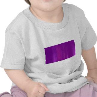 Falta de definición de movimiento púrpura y camiseta