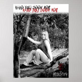¡Falta! El chica en el árbol Póster