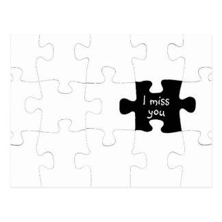 Faltándole postal del pedazo del rompecabezas