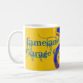 Fameland Garage Company - edición del azul del Taza